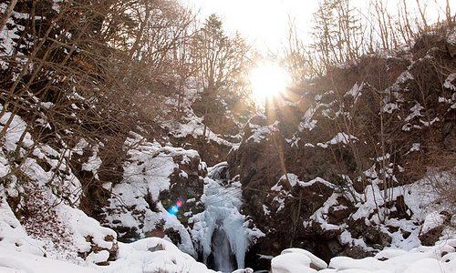 プチトレッキングに最適。地元民もあまり行かない山奥で発見。 土呂部地区 大滝