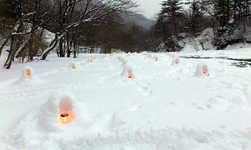【湯西川温泉かまくら祭】 人気急上昇!ミニかまくら作りボランティアで味わえる絶景と達成感