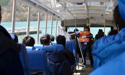 湯西川水陸両用バス2013 新緑の本番前も山や湖が素敵