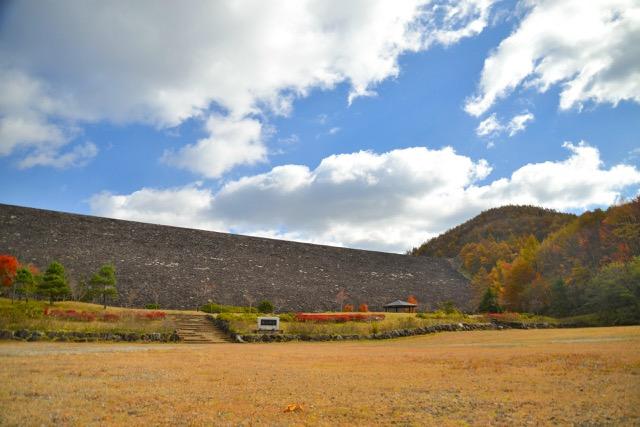 栗山ダム(紅葉)