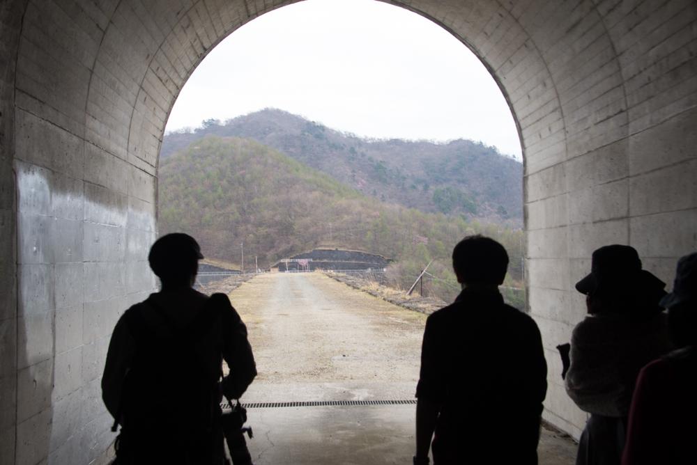 栗山ダムトンネル通過