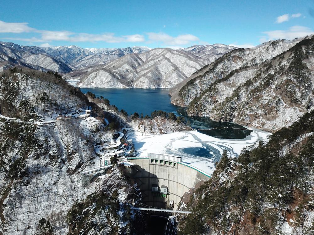 真冬の川俣ダム 空撮