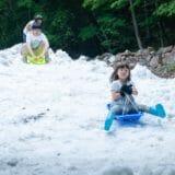 夏の雪あそび